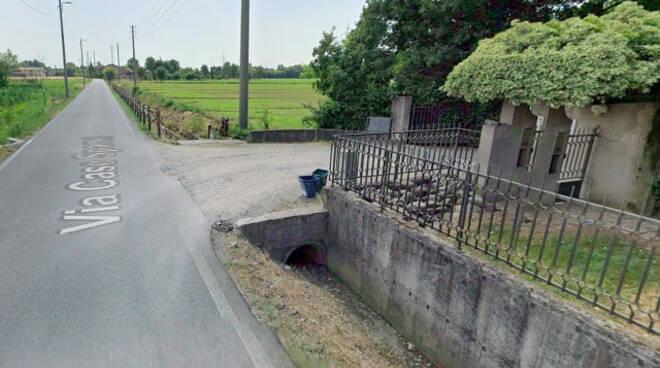Brescia auto fuori strada a Folzano 49enne grave in ospedale