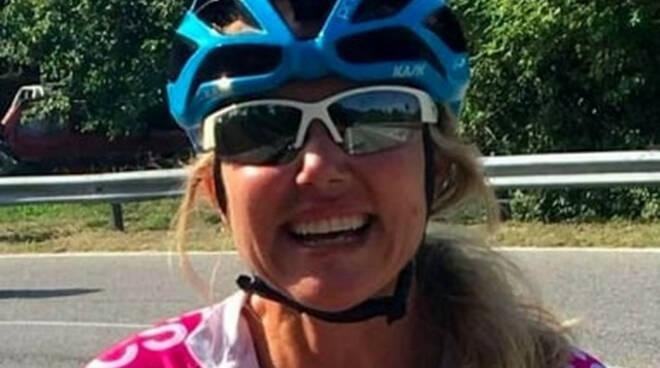 Brescia ultimo saluto per Roberta Agosti morta in bici a Lonato