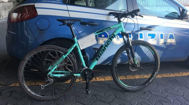 bici rubata sequestrata dalla polizia