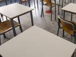 Nuovo anno scolastico a Brescia arrivati i primi banchi monoposto