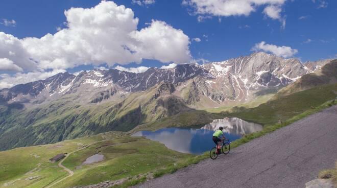 passo gavia in bicicletta1