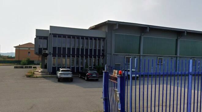 Cologne operaio 61enne cade in fabbrica grave in ospedale