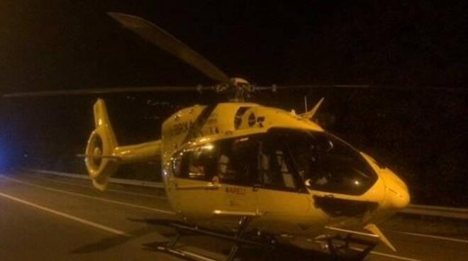 Leno 71enne cade da moto e finisce in una roggia Grave in ospedale