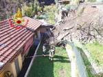 Darfo a Gorzone una frana verso una villetta Famiglia evacuata