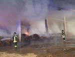 Gambara quintali di fieno in fiamme nella notte tra le campagne