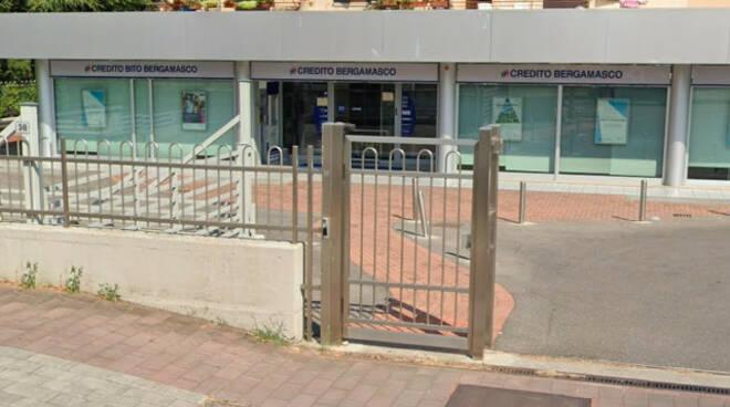 Montichiari tentato colpo al bancomat del Credito Bergamasco