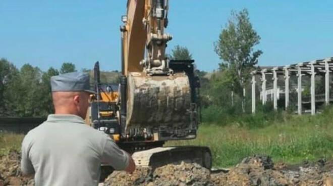 Rifiuti stoccati in una cava a Lonato la Vezzola a processo