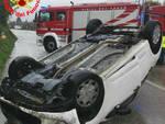 Salò si ribalta in auto con la figlia Anziano soccorso in elicottero