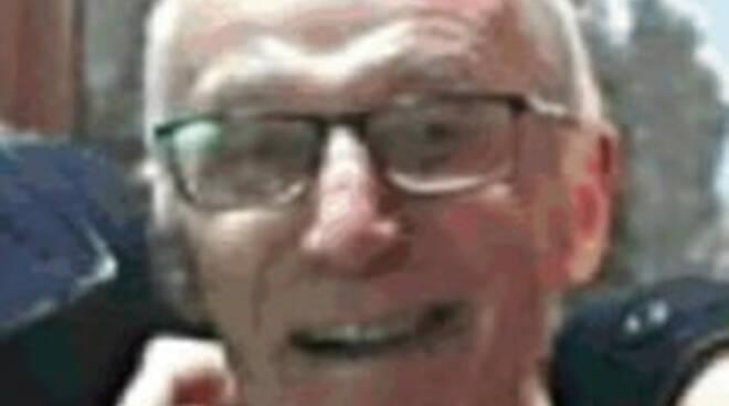 Villanuova anziano passeggia verso il monte Covolo ma non torna