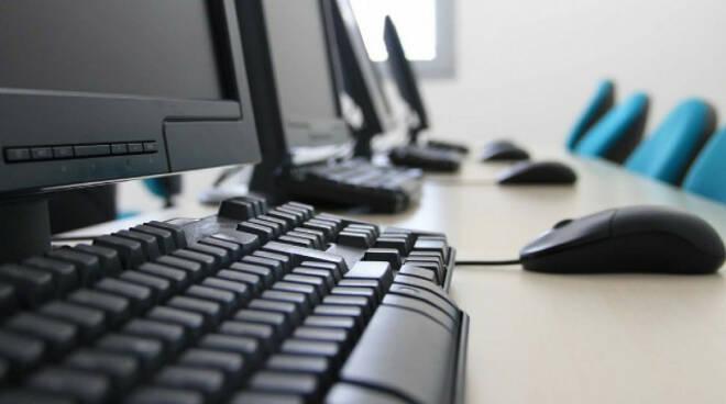 Berlingo e Marone scuole nel mirino dei ladri via computer per la Dad