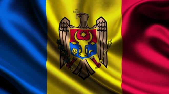 Brescia 3 mila moldavi al voto in coda al Gran Morato poche distanze