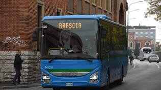trasporti autobus bus corriere