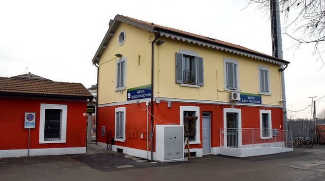 Borgo San Giovanni stazione Trenord