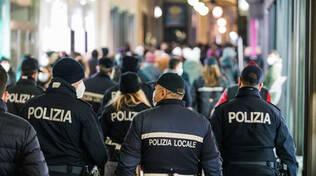 Brescia primo giorno da zona gialla troppa folla in centro storico