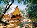 Glamping campeggio tenda camping