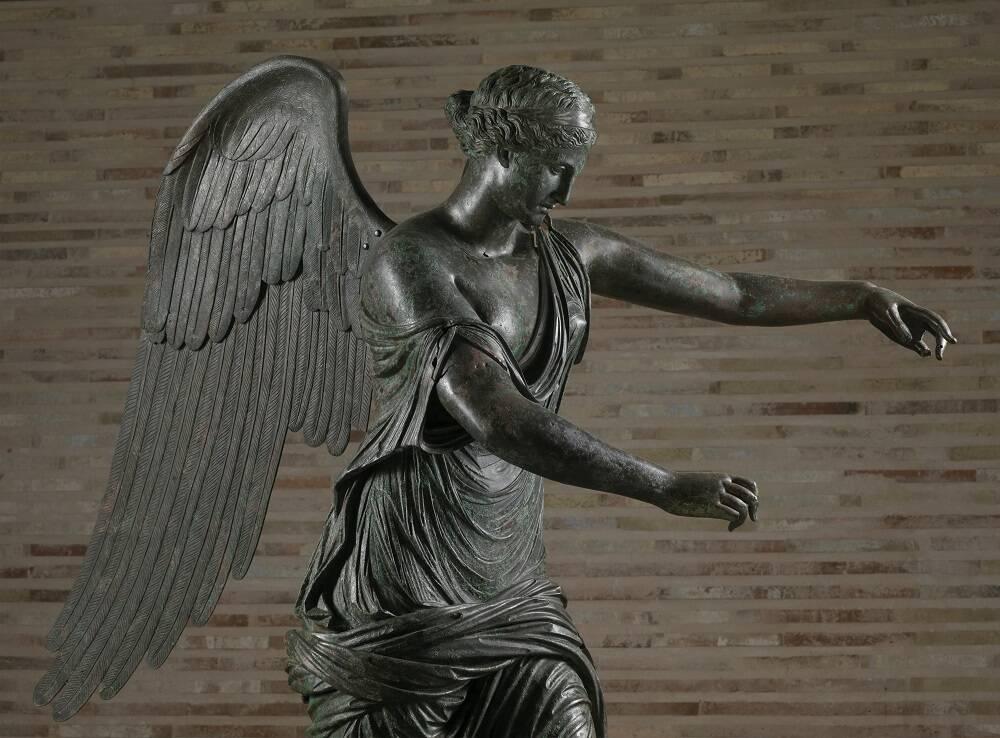 La Vittoria Alata torna a Brescia: un posto d'onore nel parco archeologico del Capitolium
