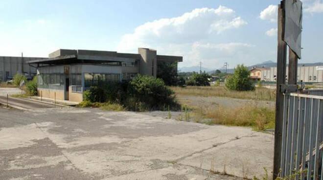 Mancata bonifica ex fonderia Quintano blitz Cc al confine con Palazzolo