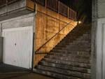 Pisogne perde equilibrio e sbatte la testa sulle scale Muore 61enne