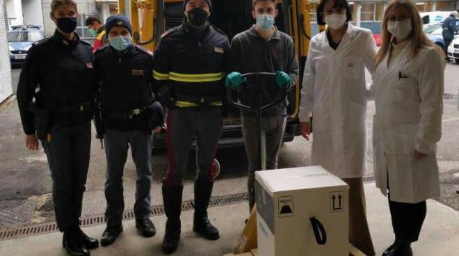 Vaccino anti Covid 17 mila dosi arrivate nel bresciano Si parte il 4 gennaio