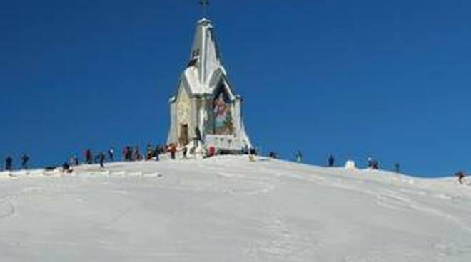 Allarme valanghe in Lombardia monte Guglielmo sotto osservazione