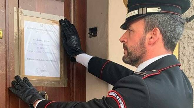 carabinieri chiusura locale