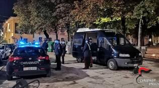 carabinieri in piazza tebaldo brusato