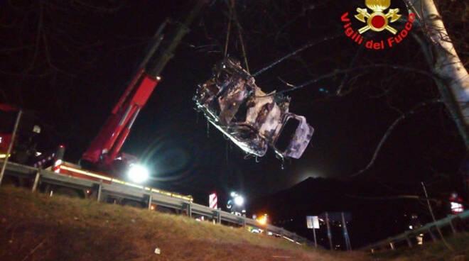 Darfo muore auto in fiamme dopo il fuori strada Chi era la vittima