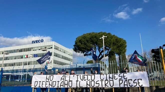 Fratelli d'Italia Brescia presidio Iveco