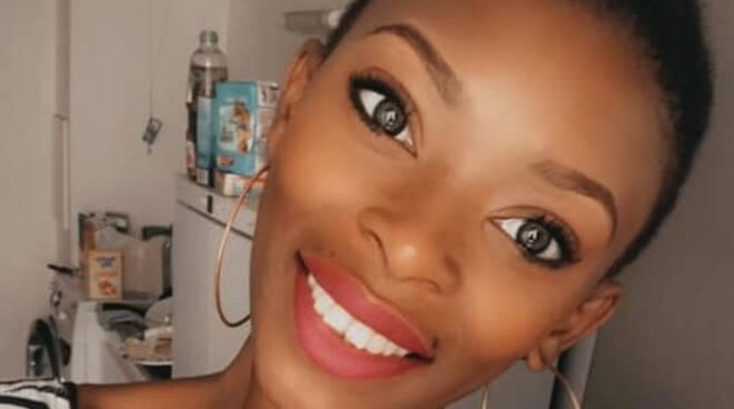 Lonato modella 28enne trovata morta in un garage disposta autopsia