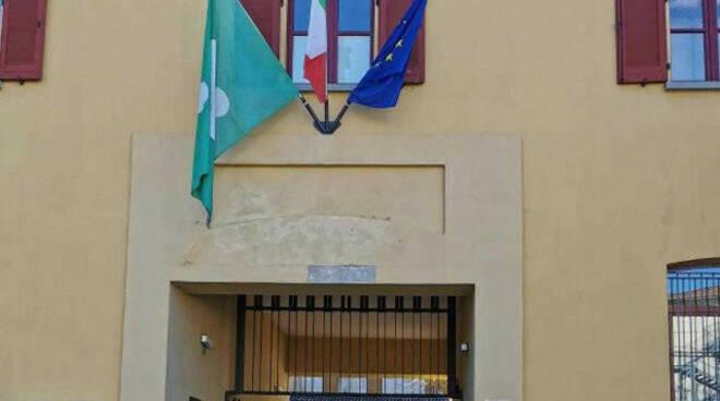 Agente suicida a Palazzolo dopo attacchi social procura chiede archiviazione