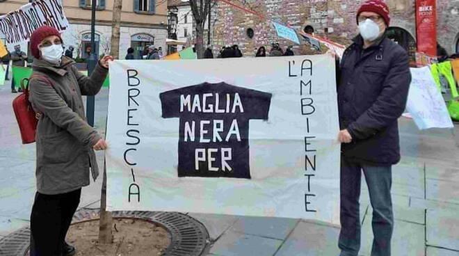 Basta Veleni Brescia