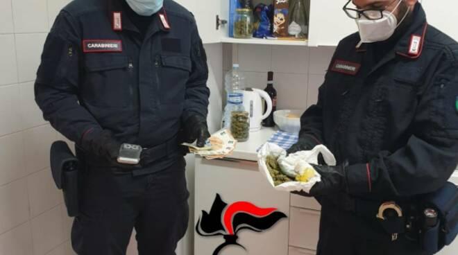 carabinieri darfo trovano marijuana