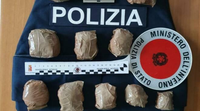 cocaina sequestrata in via Valcamonica