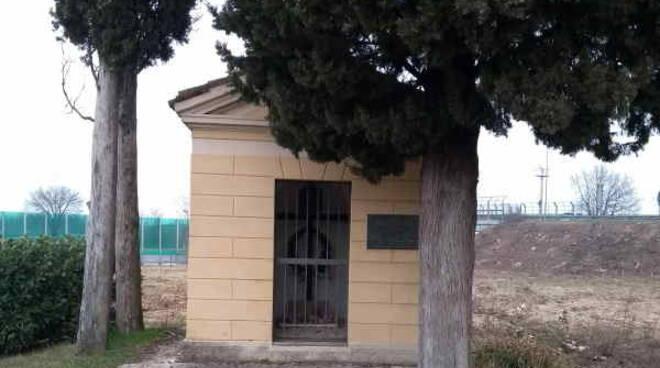 Desenzano monumento Toussaint de la Motte