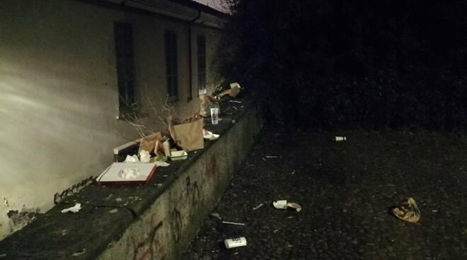 movida rifiuti castello Brescia coronavirus
