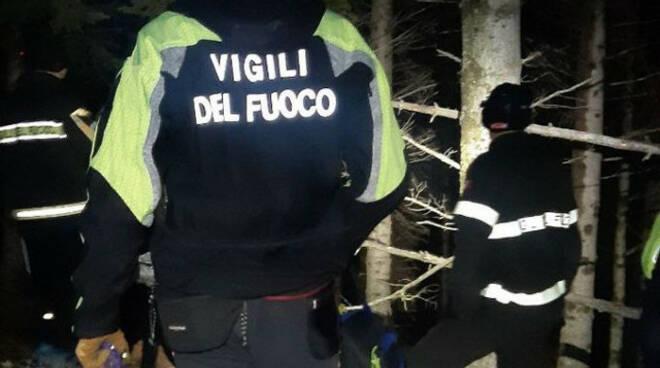 Punta Almana Cnsas e vigili del fuoco recuperano escursionisti persi