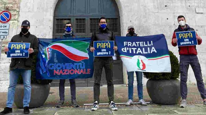 fratelli d'italia presidio prefettura 19 feb 2020