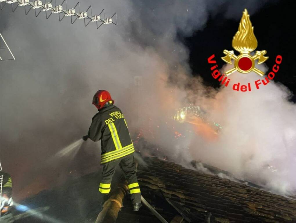 incendio in via Gabriele Rosa a Lograto