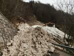 """iniziati oggi i lavori di rimozione della valanga di Campolaro sulla SPBS 345 """"DELLE TRE VALLI"""""""