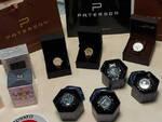 Rovato vende profumi e orologi di marchi falsi Polizia lo ferma