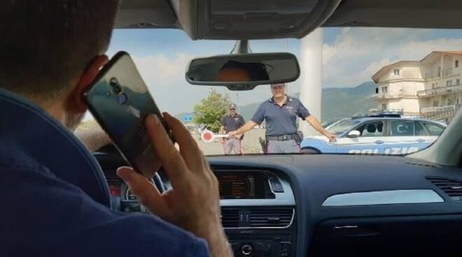 telefonino smartfone guida