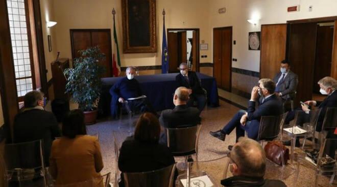 Vaccino antiCovid Bertolaso a Brescia da metà aprile la campagna di massa in Fiera