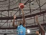 Basket serie A Brescia perde anche contro Cantù spettro retrocessione