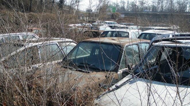 carcasse di autoveicoli smaltite grazie ad Arpa