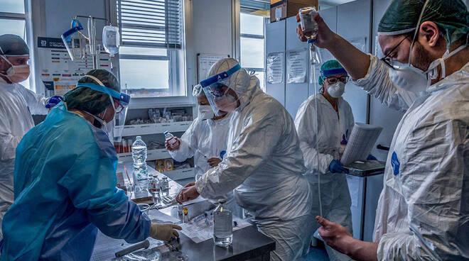 coronavirus covid sanità medici