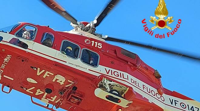 elicottero elisoccorso Vigili del Fuoco