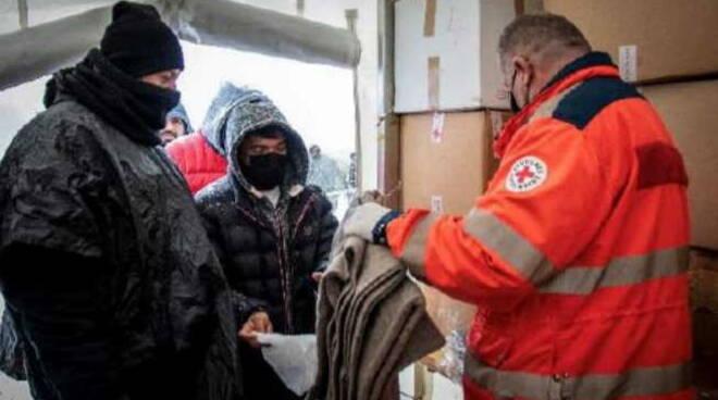 Io Accolgo aiuti campo Lipa Bosnia