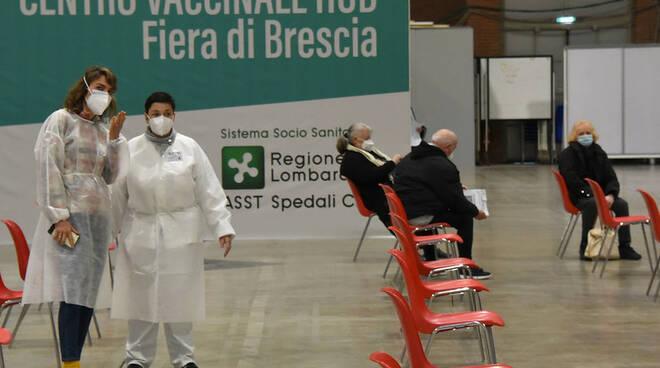 Palafiera Brescia: operativo l'hub vaccinale di via Caprera
