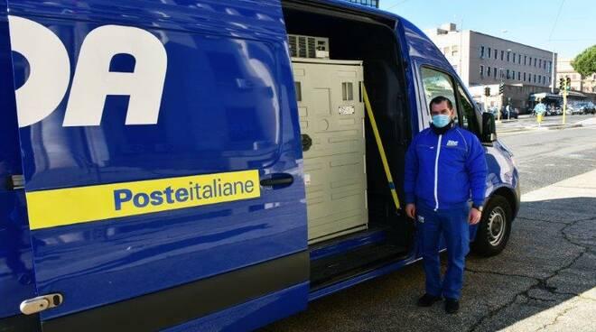 Sda Poste italiane consegna vaccino