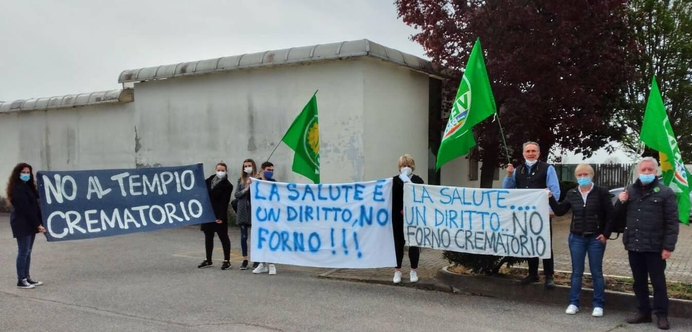 Verolanuova tempio crematorio Cadignano manifestazione 18 aprile 2021